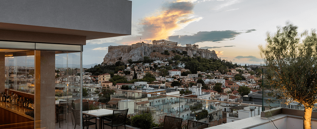 Would you like a luxurious stay in Athens?