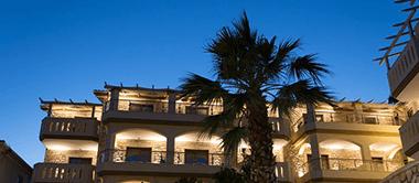 Adams Hotell